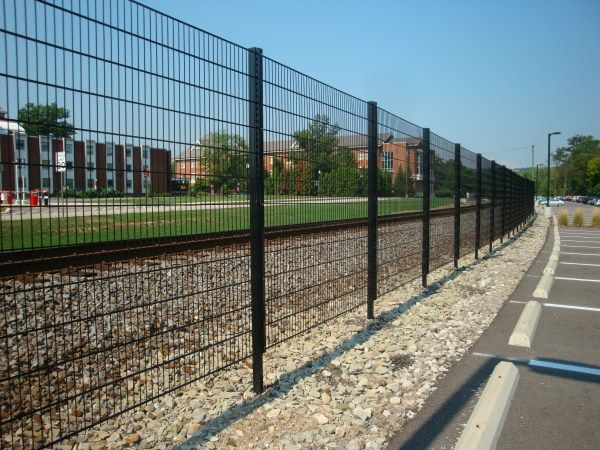 Commercial fences what is the best type to use for my