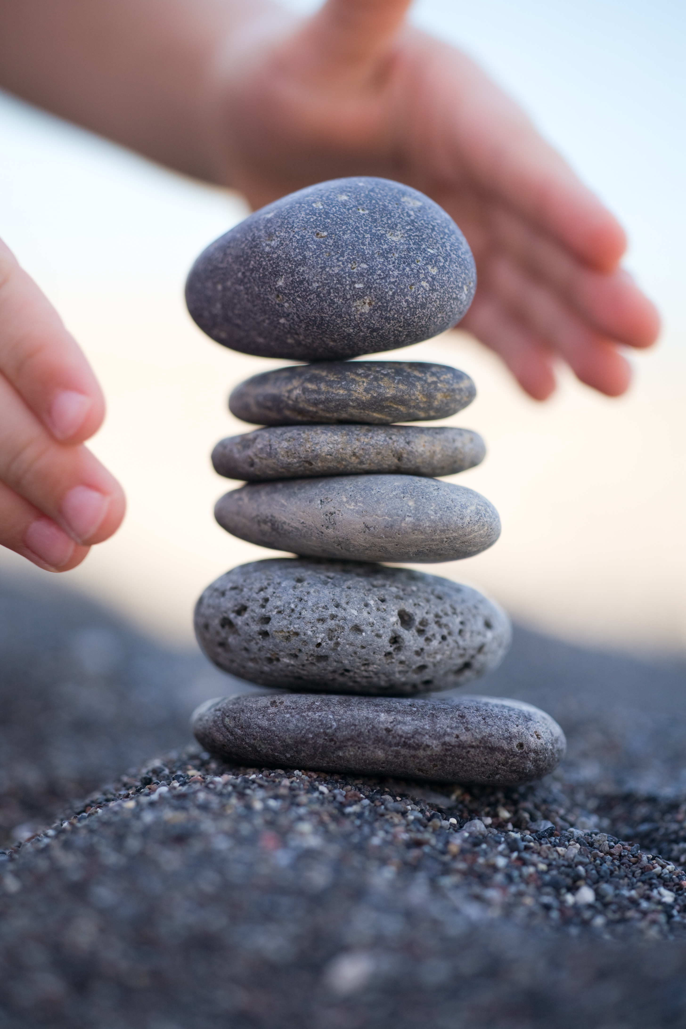 how to strike a balance in an integrated marketing strategy