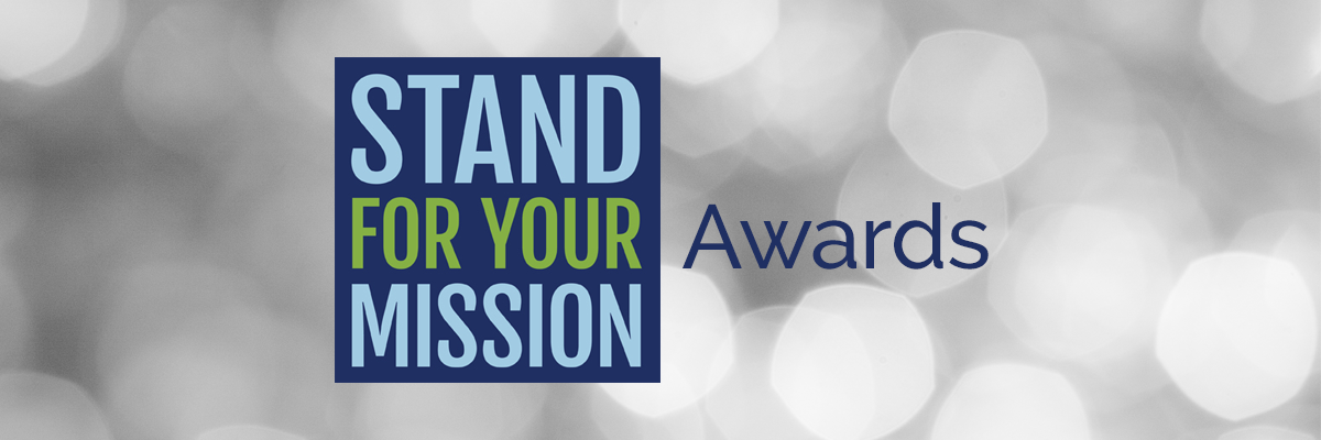 Stand for your mission award