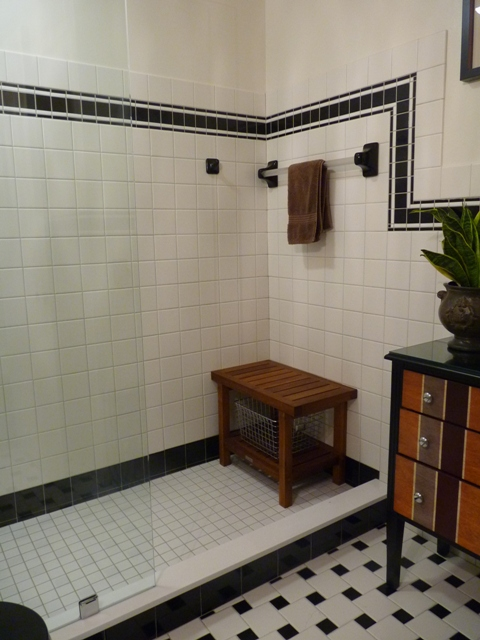 Superb Delighted Black And White Showers Pictures Inspiration   Bathroom .