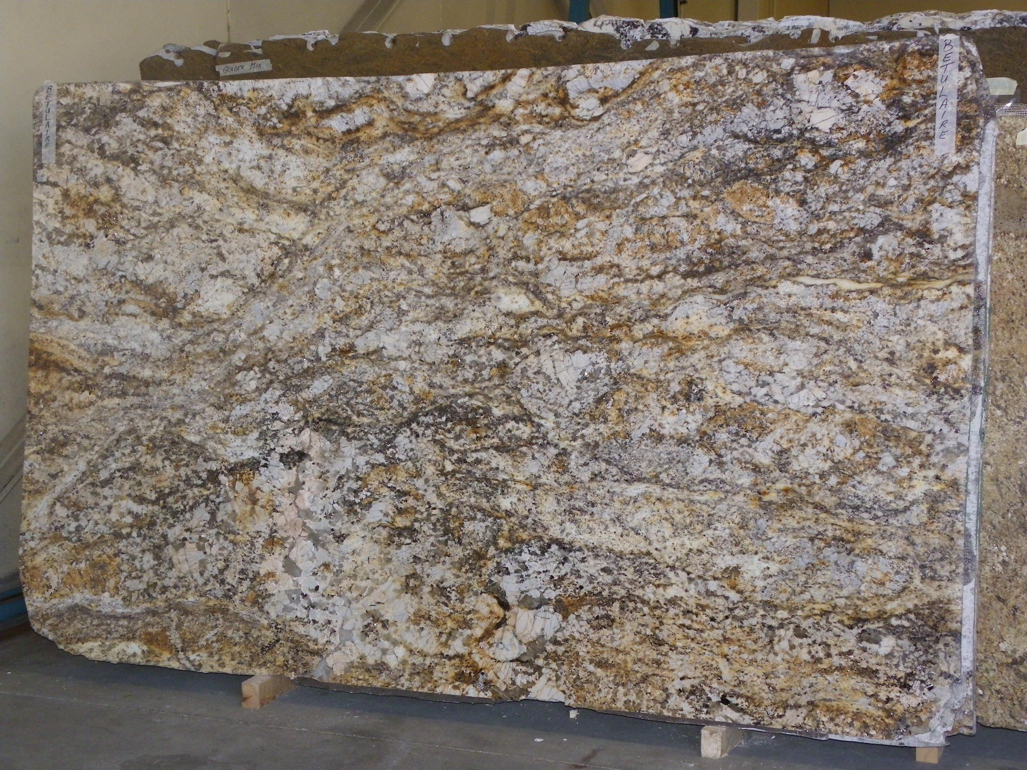 Granet Counter Top Slabs : Betulaire granite countertops charlotte nc