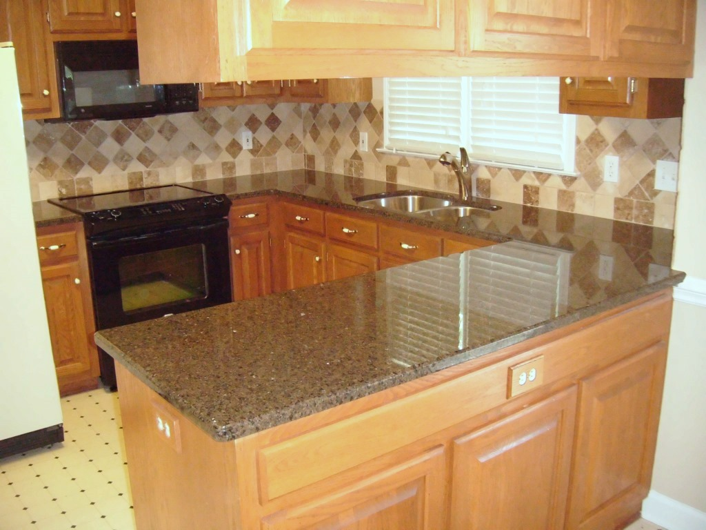 Tropic Brown Granite Backsplash Ideas Part - 46: Tropic Brown 4 15 2010