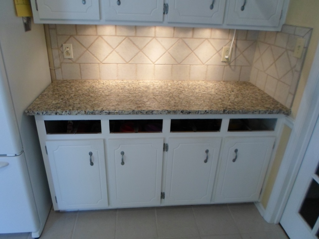 Venetian Ice On White Cabinets