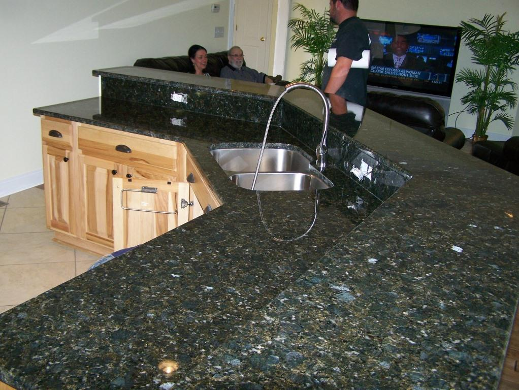 kitchen cabinets com verde butterfly granite granite colors 20203