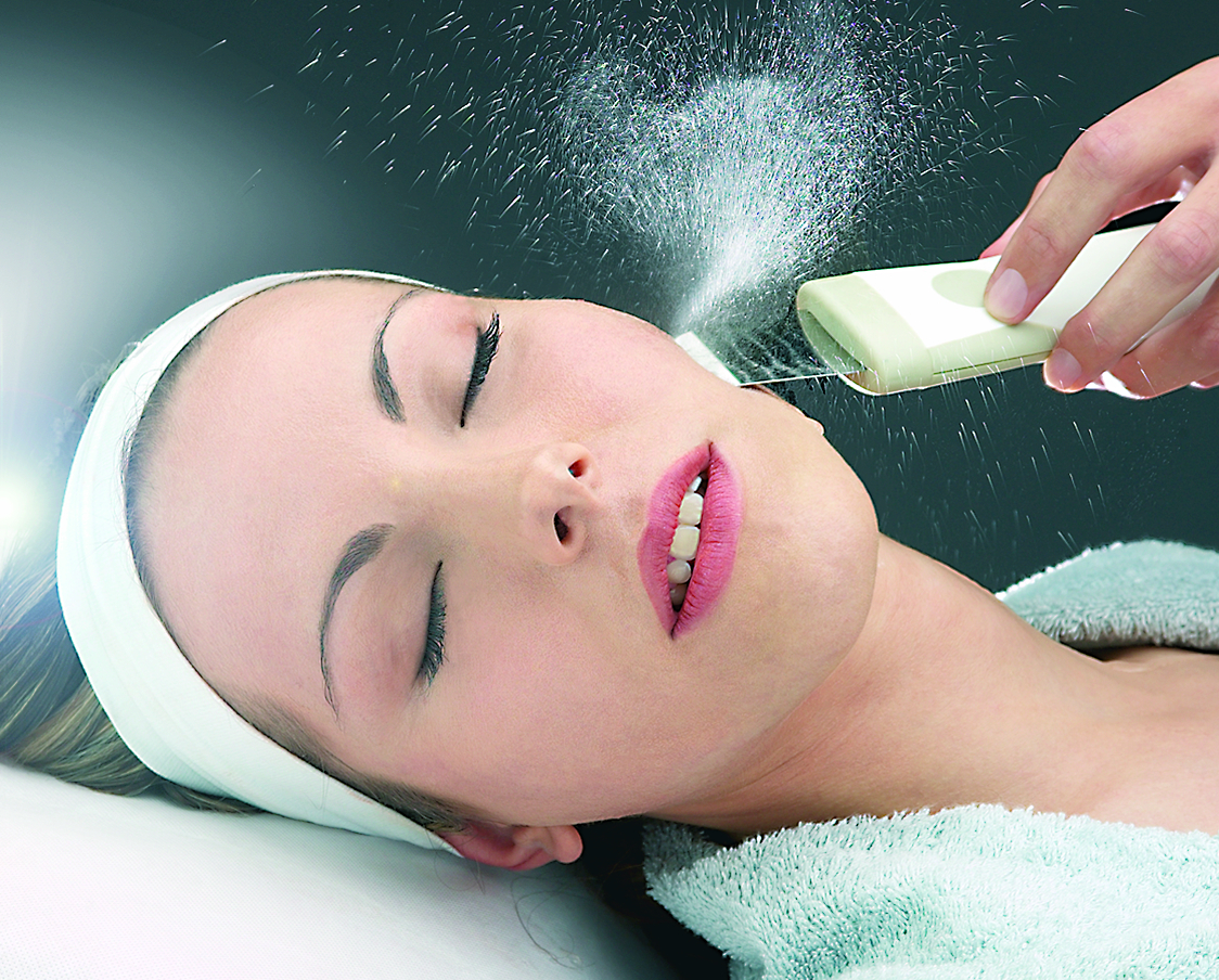 Hydrasonic skin treatment photo
