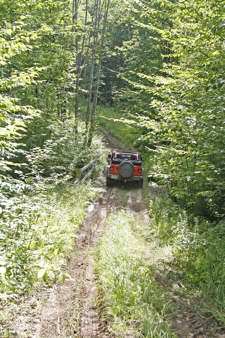 Off Road VS Overland: The Real Difference