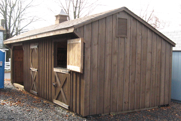 Amish Built Horse Stalls : Horse barns stalls run in sheds for your horses
