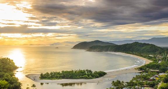 Barra do Una beach.jpeg