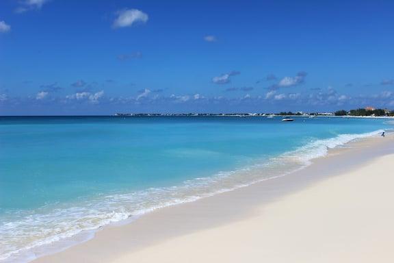 7_mile_beach.jpg