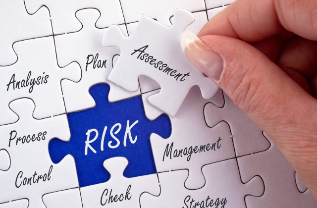 Identifying and managing supplier risk