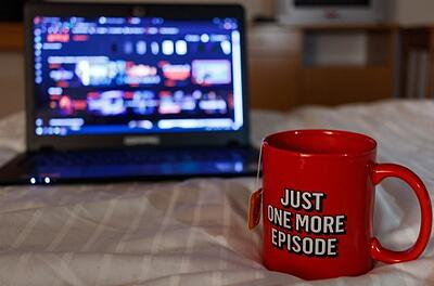 Netflix is Releasing 700 New Series! - Inbound Marketing Highlights