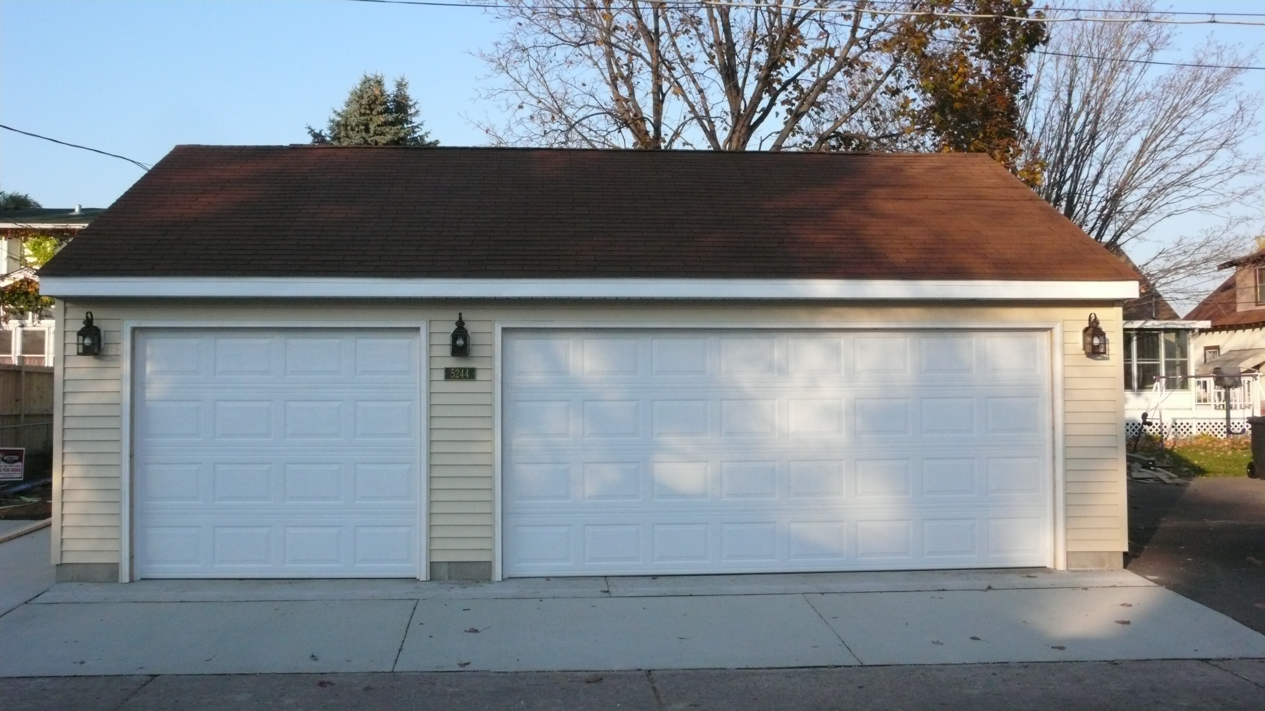 Garage builders mn garage sizes western construction inc for What is the size of a 2 car garage