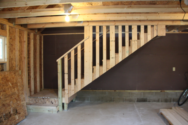 Garage room in attic truss staircase v s ladder for Garage with attic