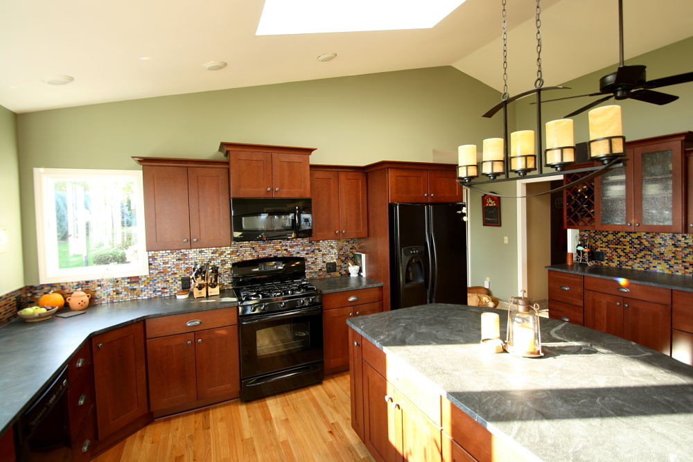 Kitchen cabinet design ideas photos and descriptions for Area above kitchen cabinets called