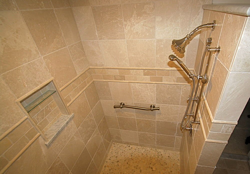 Walk in shower design ideas photos and descriptions for Huge walk in shower