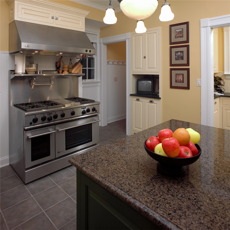 Modern Kitchen Syracuse Ny: Deep Colors And A Clean, Modern Feel With Custom Built-in