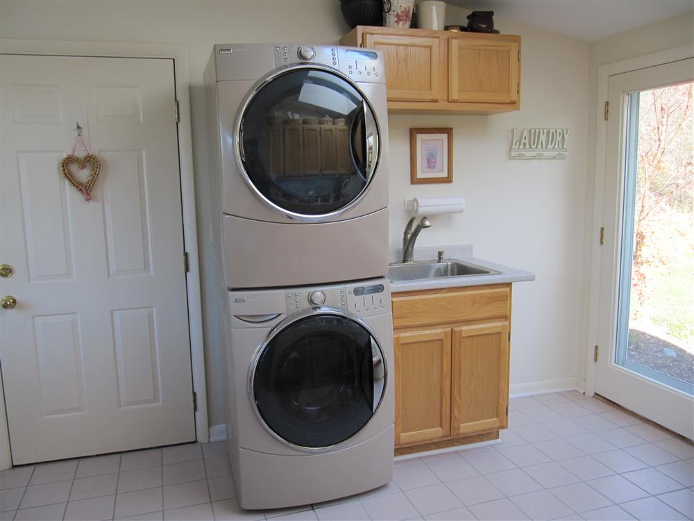 kitchen storage basement storage storage design ideas. Black Bedroom Furniture Sets. Home Design Ideas