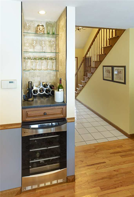Awesome Kitchen Bar Designs For Small Areas Pictures   Fresh Today .