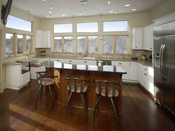 U Shaped Kitchen With Island
