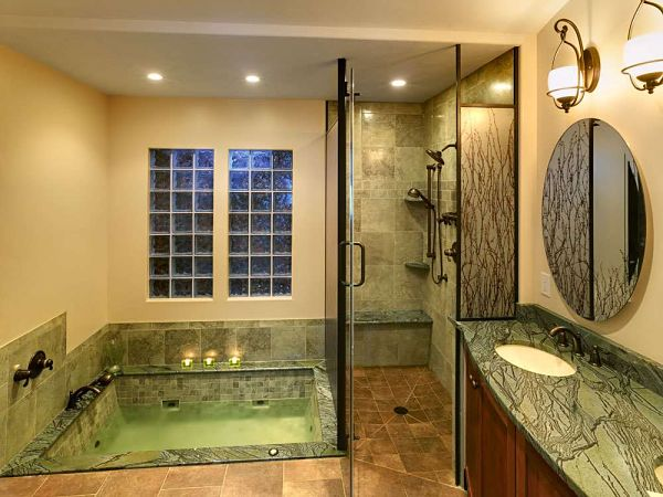 Walk in shower design ideas and remodeling tips free guide for Walk in tub bathroom designs