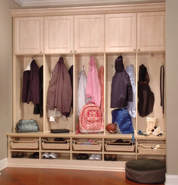 Entryway Storage Systems | Interior Decorating Tips