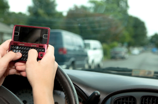texting while driving workplace policy