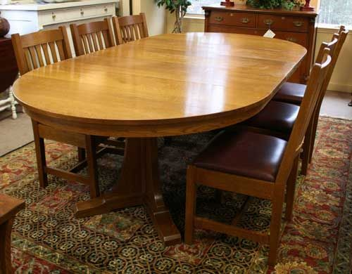 Stickley Round Pedestal Table