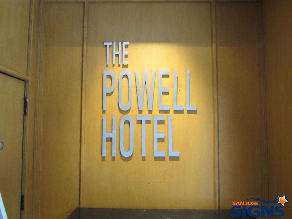 hotel_lobby_sign.jpg