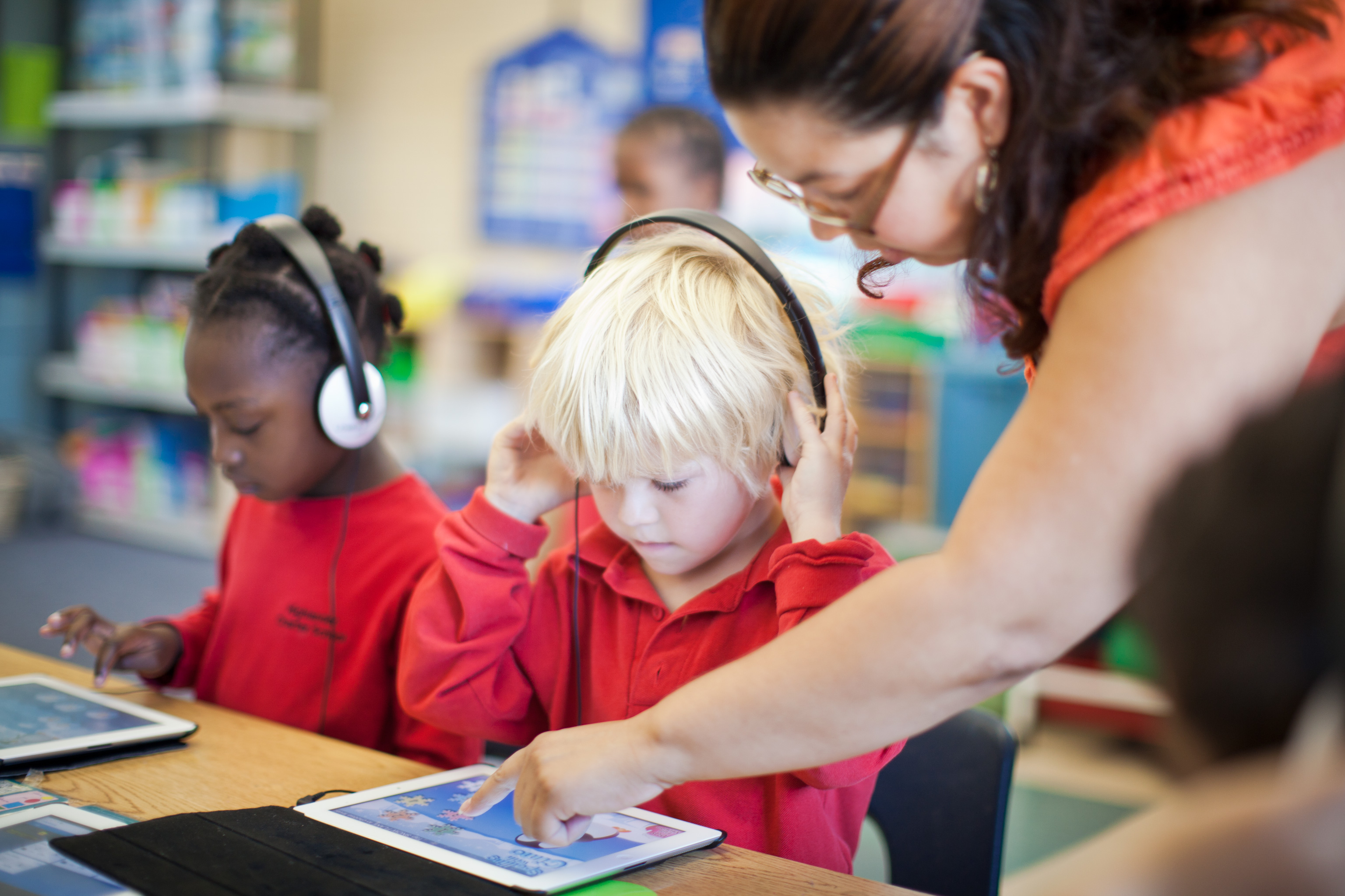 Modern Technology In Classroom ~ Technology for the l classroom modern