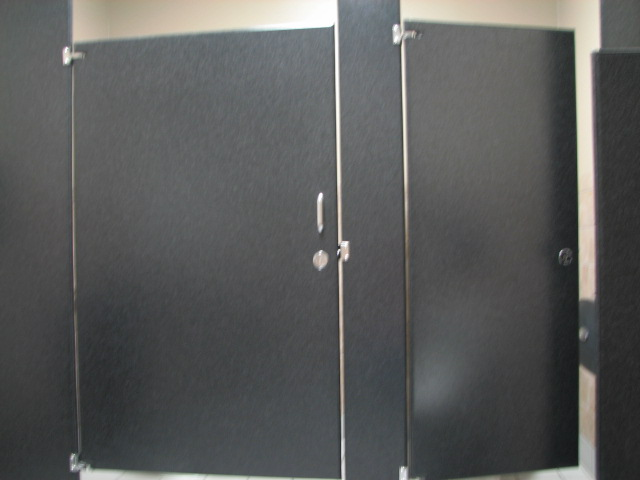 Wheelchair accessible bathrooms in austin texas for Commercial bathroom partition doors