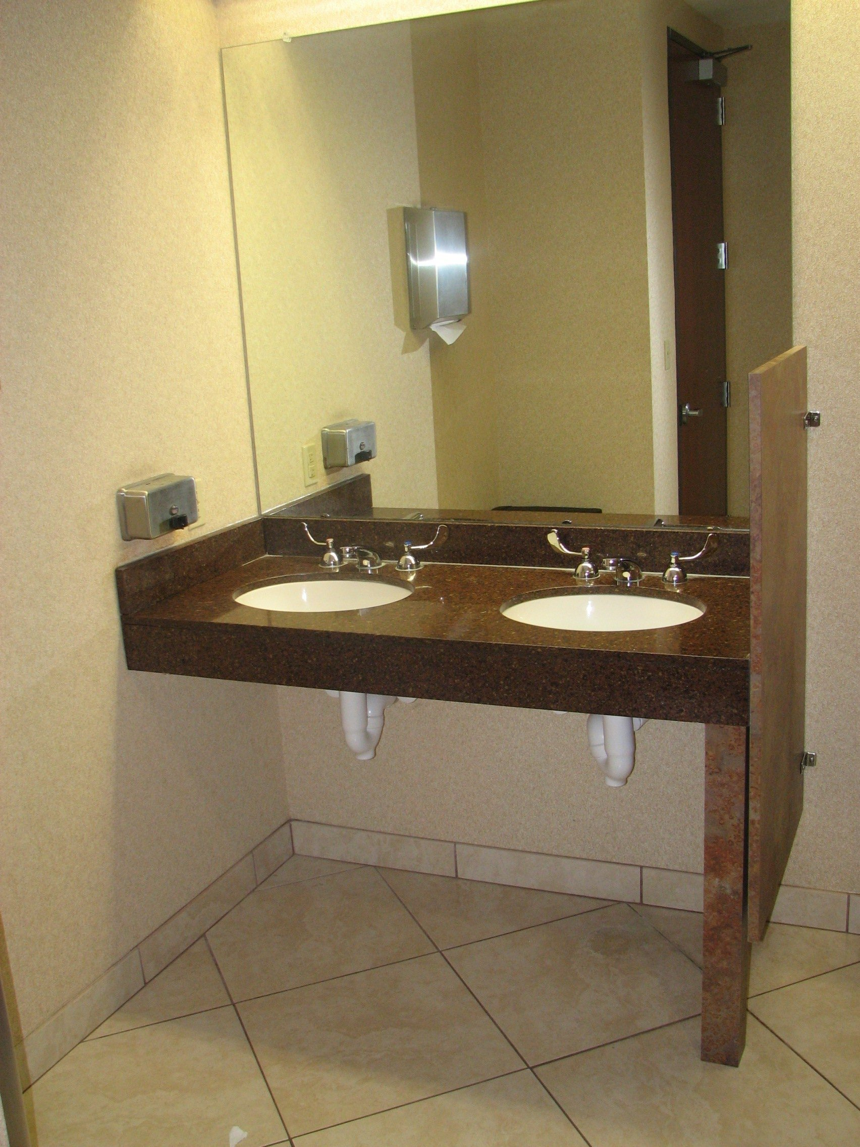 Wheelchair accessible bathrooms in austin texas for Ada compliant bathroom sink