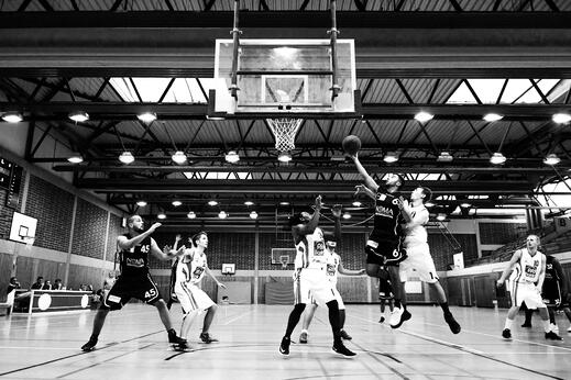 Basketball Team max-winkler-UFIZodJgScQ-unsplash