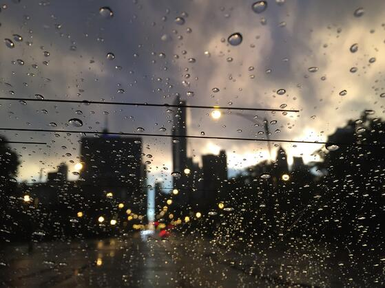 downtown chicago summer storm