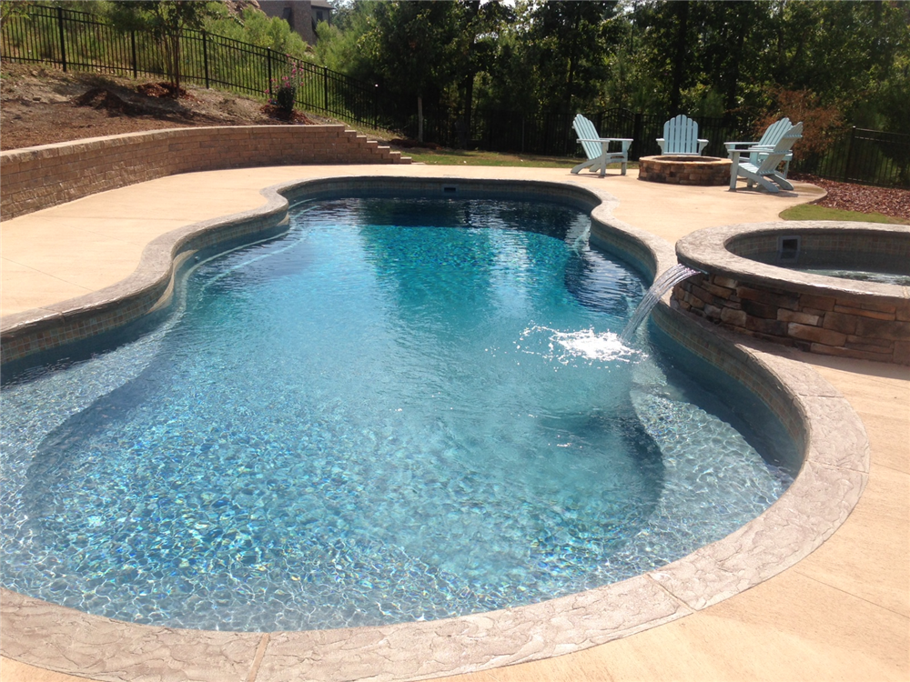Earl 39 s pools al fiberglass pool sales service for Pictures of a pool