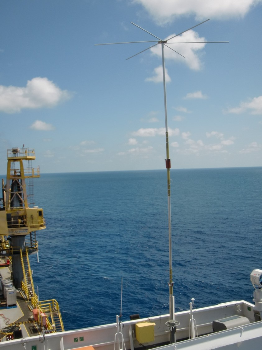 34_Ft_Mast_Antenna_Offshore