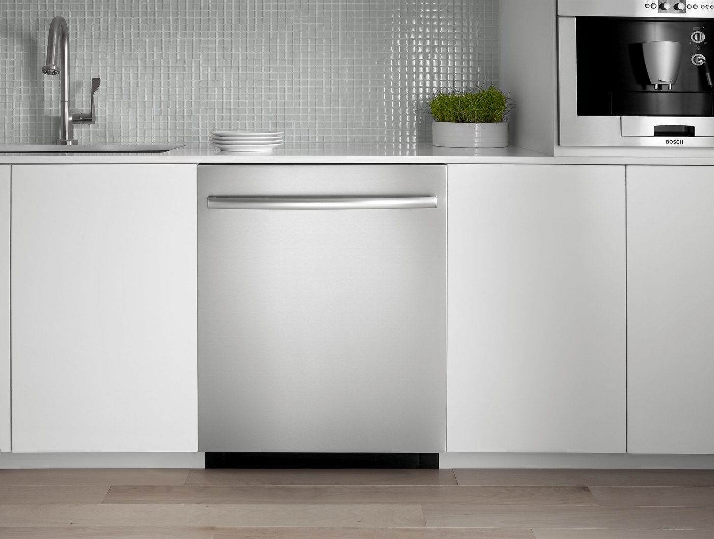 American Style vs. European Style Dishwashers (Reviews/Ratings)