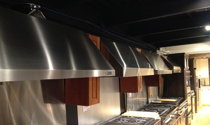 Best ventilation hoods for professional gas ranges for Best vent hoods review