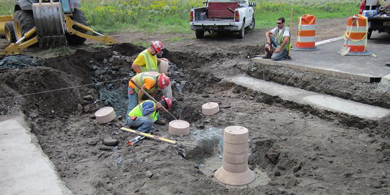 Precast Concrete Piers Construction