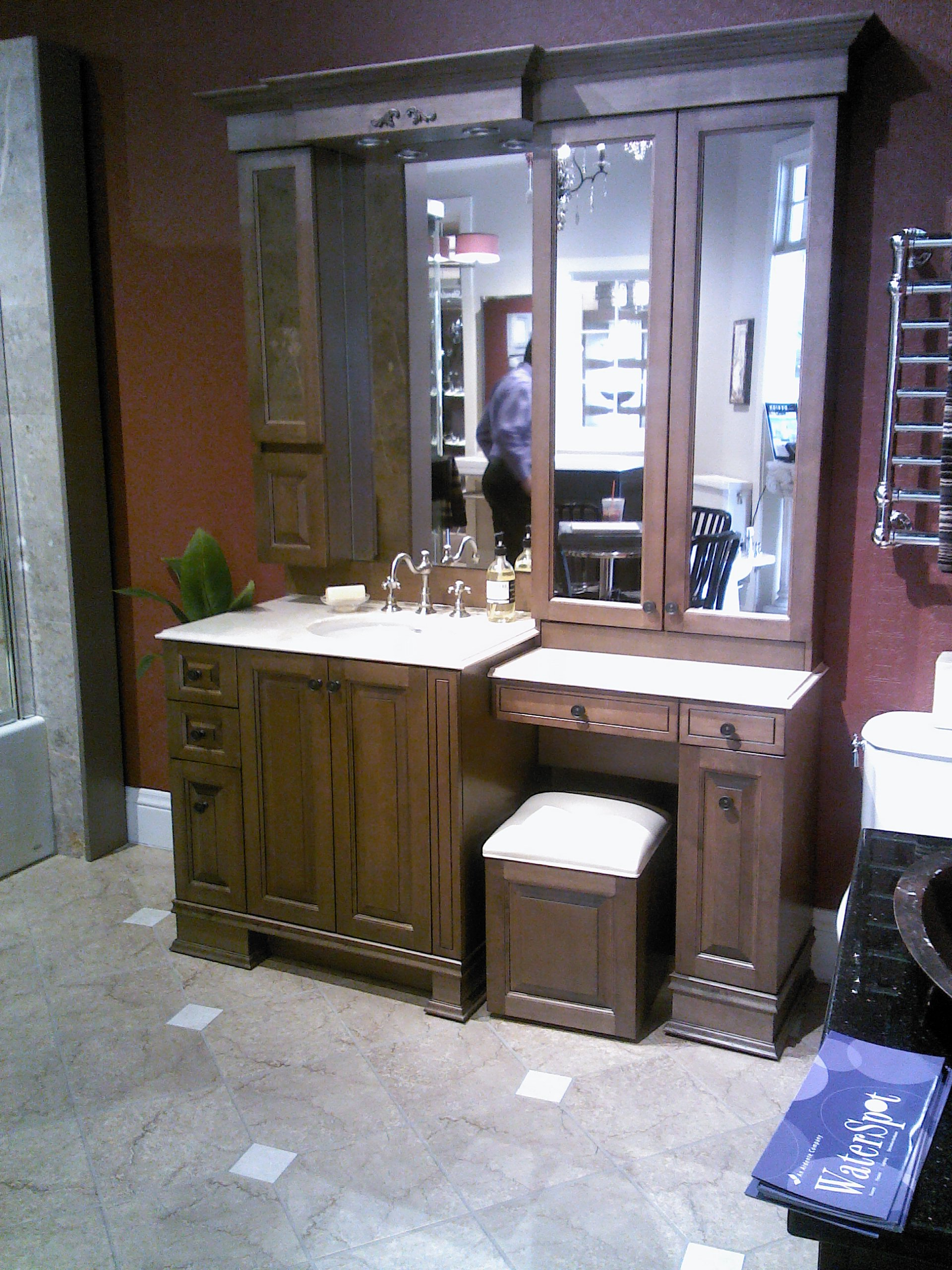 bathroom cabinets vanities