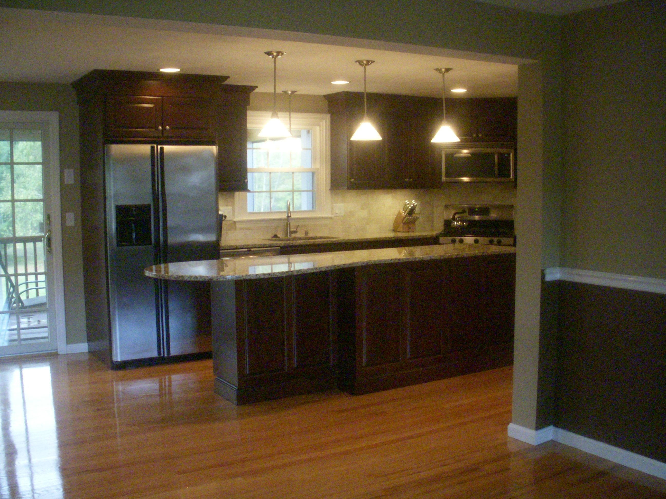 Hardwood floors for kitchens for Wood floors in kitchen