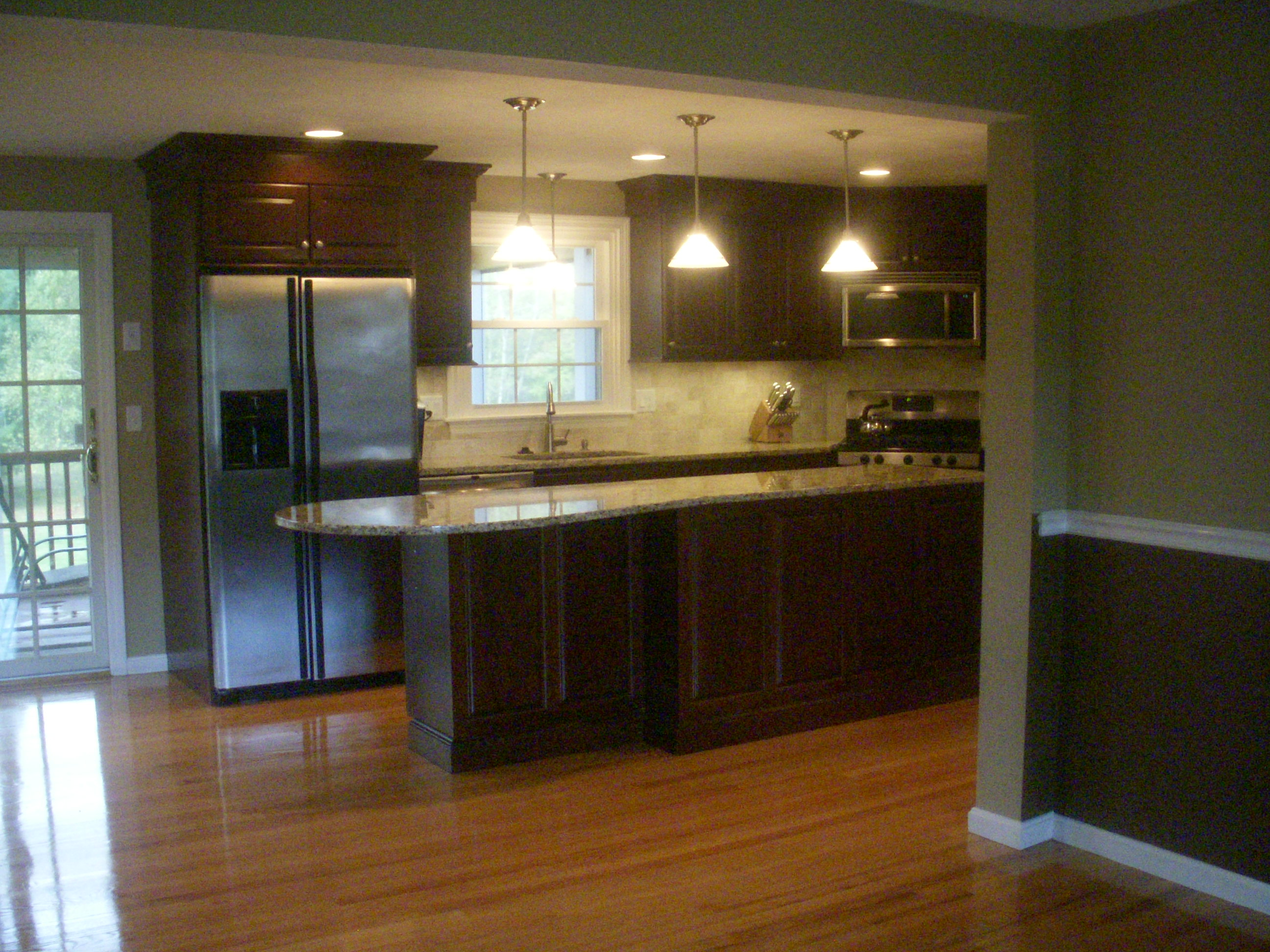 Hardwood floors for kitchens for Flooring for kitchen floors