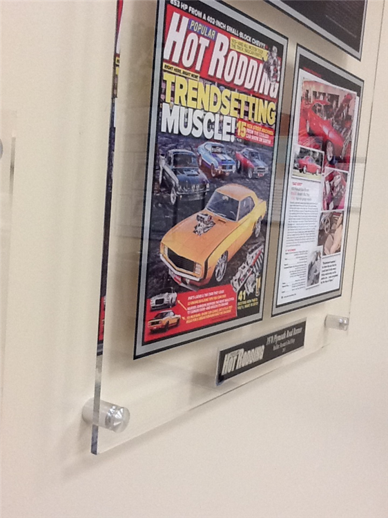 Crystaline Acrylic Plaques For Newspaper Magazine Articles