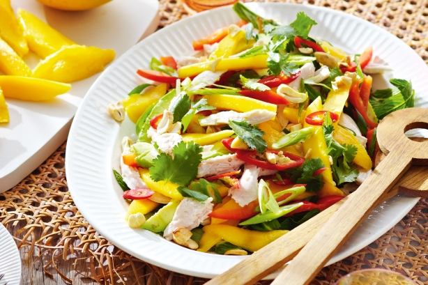 spring_mango_chicken_salad