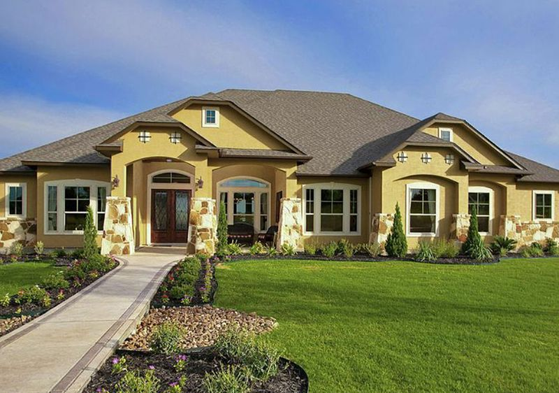 The cost of building a custom home in the texas hill country for Custom house building cost