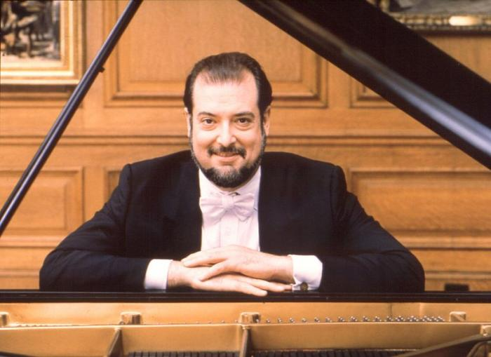 professional piano musician