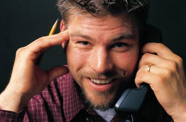 Salesman_on_phone.jpg
