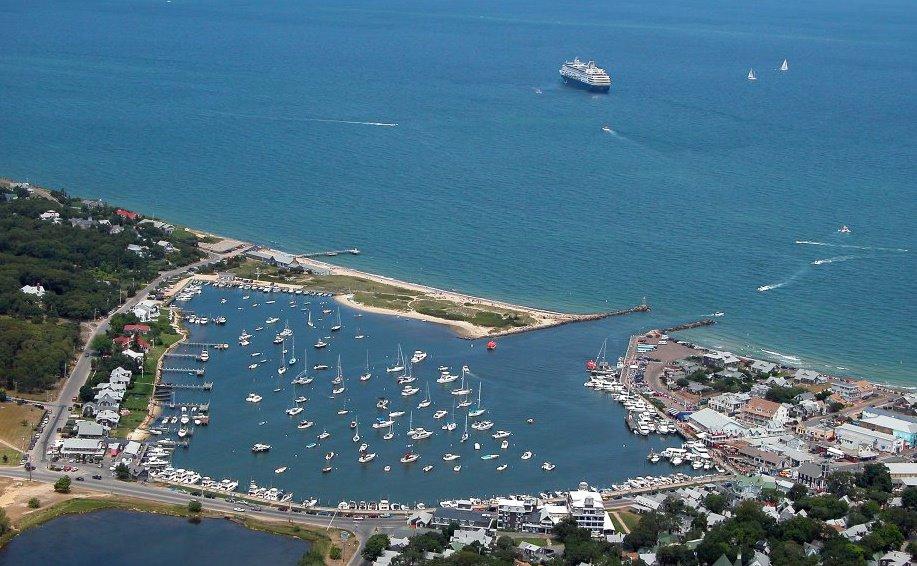 Islands Newport Beach Bluffs
