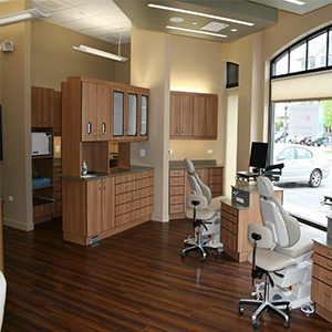office-renovation-insights-4-ways-to-make-the-most-of-your-small-dental-office.jpg