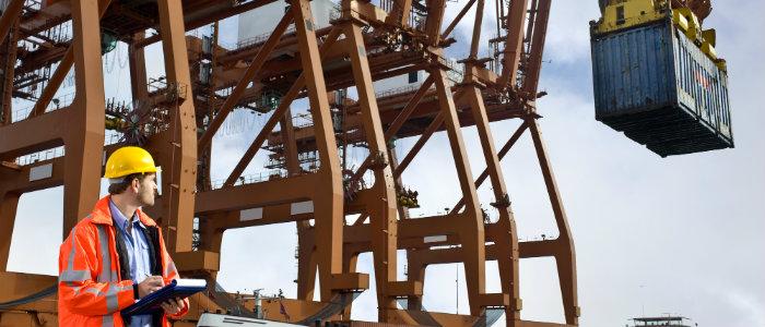 Trocar os equipamentos desatualizados na sua operacao portuaria.jpg