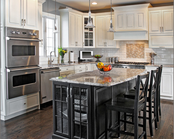 3 Cases For A Contrasting Kitchen Design